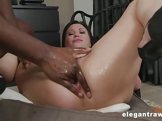street milf anal squirting after gaping her grown-up asshole